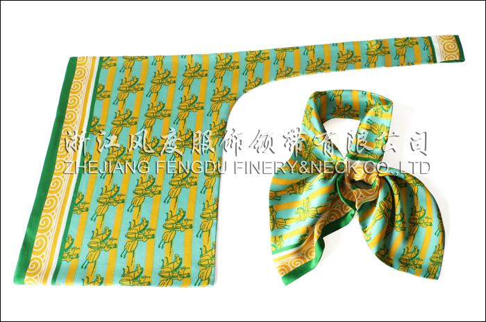 中国邮政 必威体育直播平台下载双层刀型丝巾